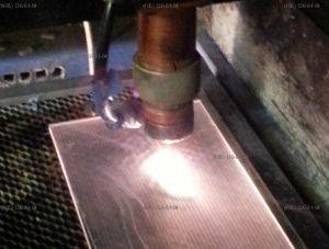 Лазерная резка оргстекла 3 и 4 мм